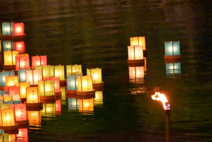 松川灯篭流し(1)